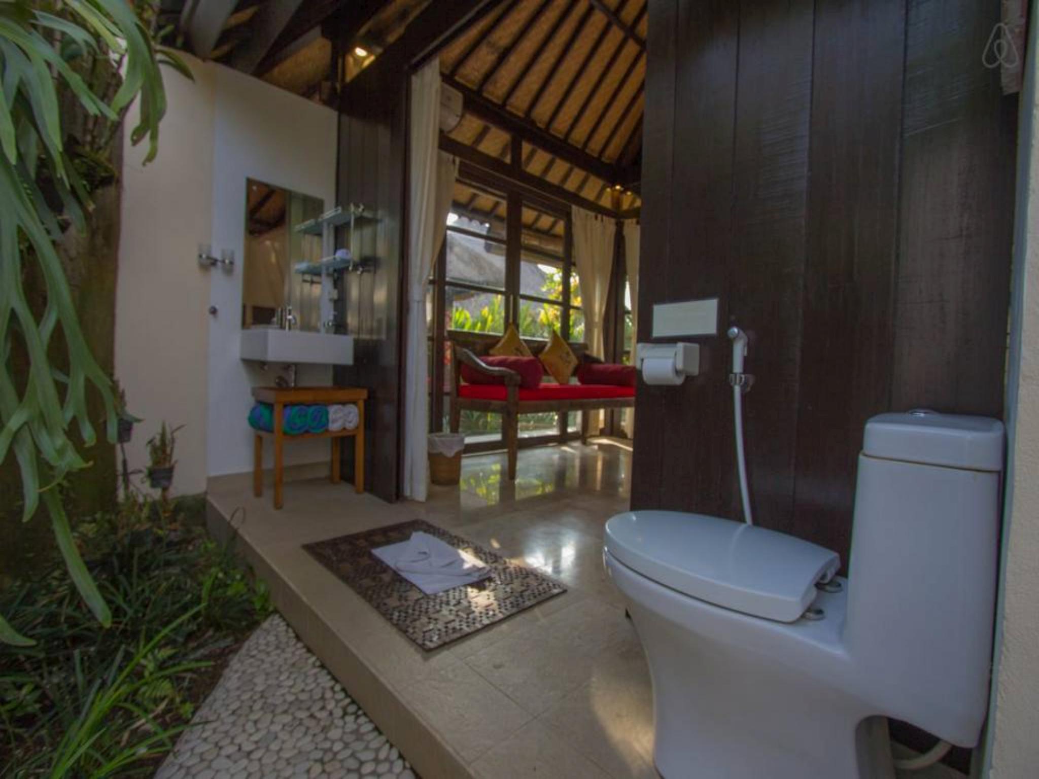 Villa Green Secured Compound SunsetView Pool Resto