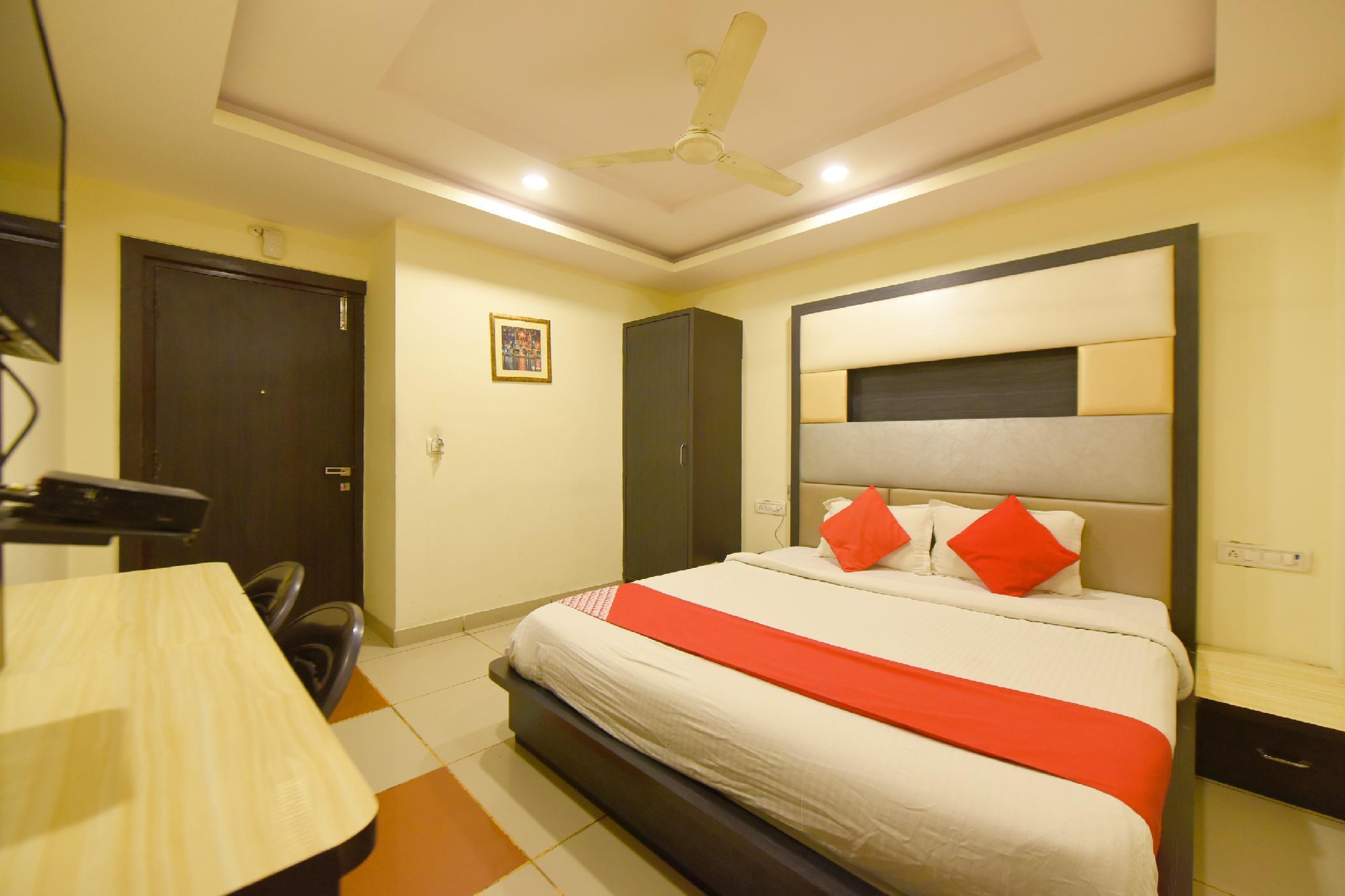 OYO 3971 Hotel Tip Top