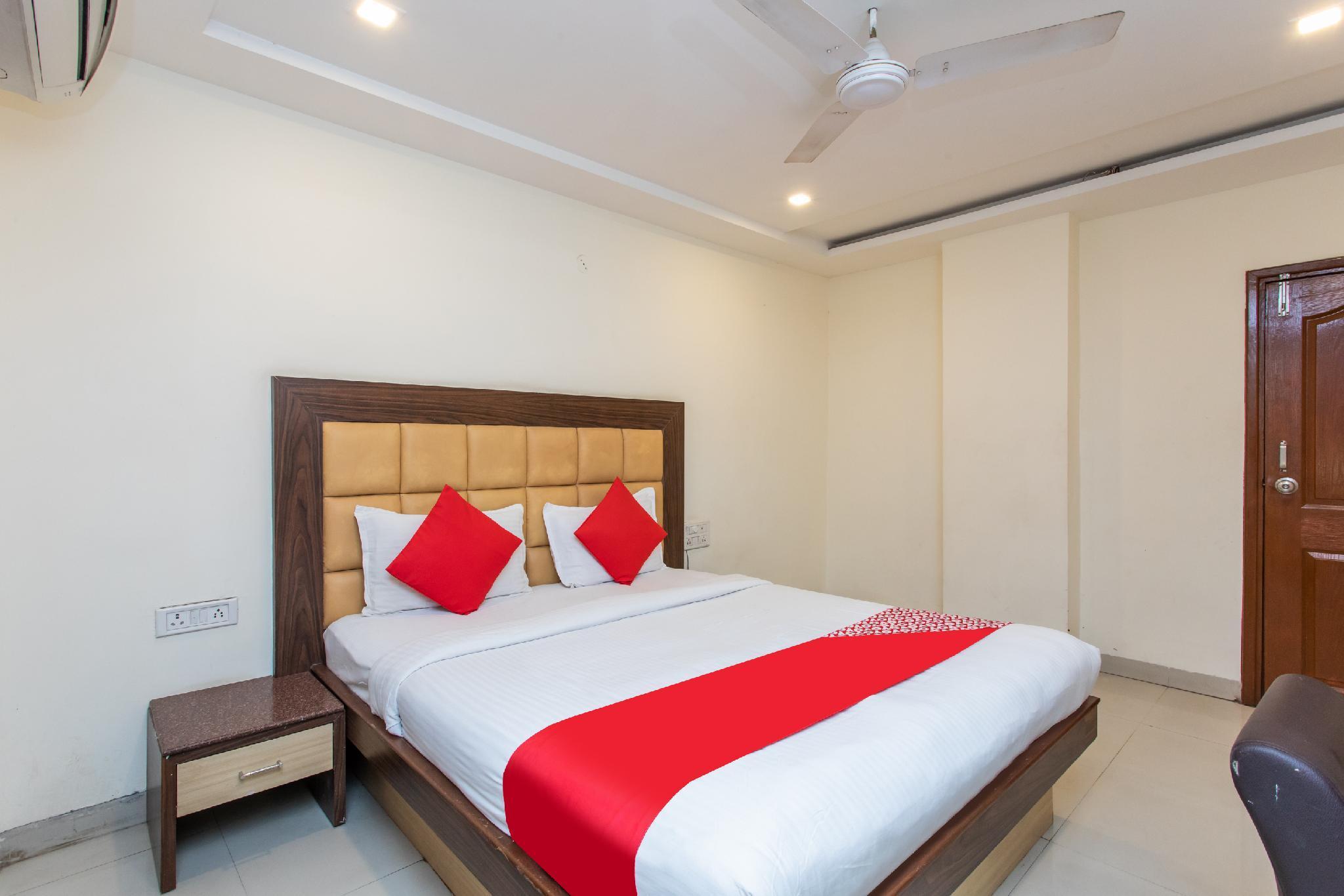 OYO Townhouse 345 Vijay Nagar