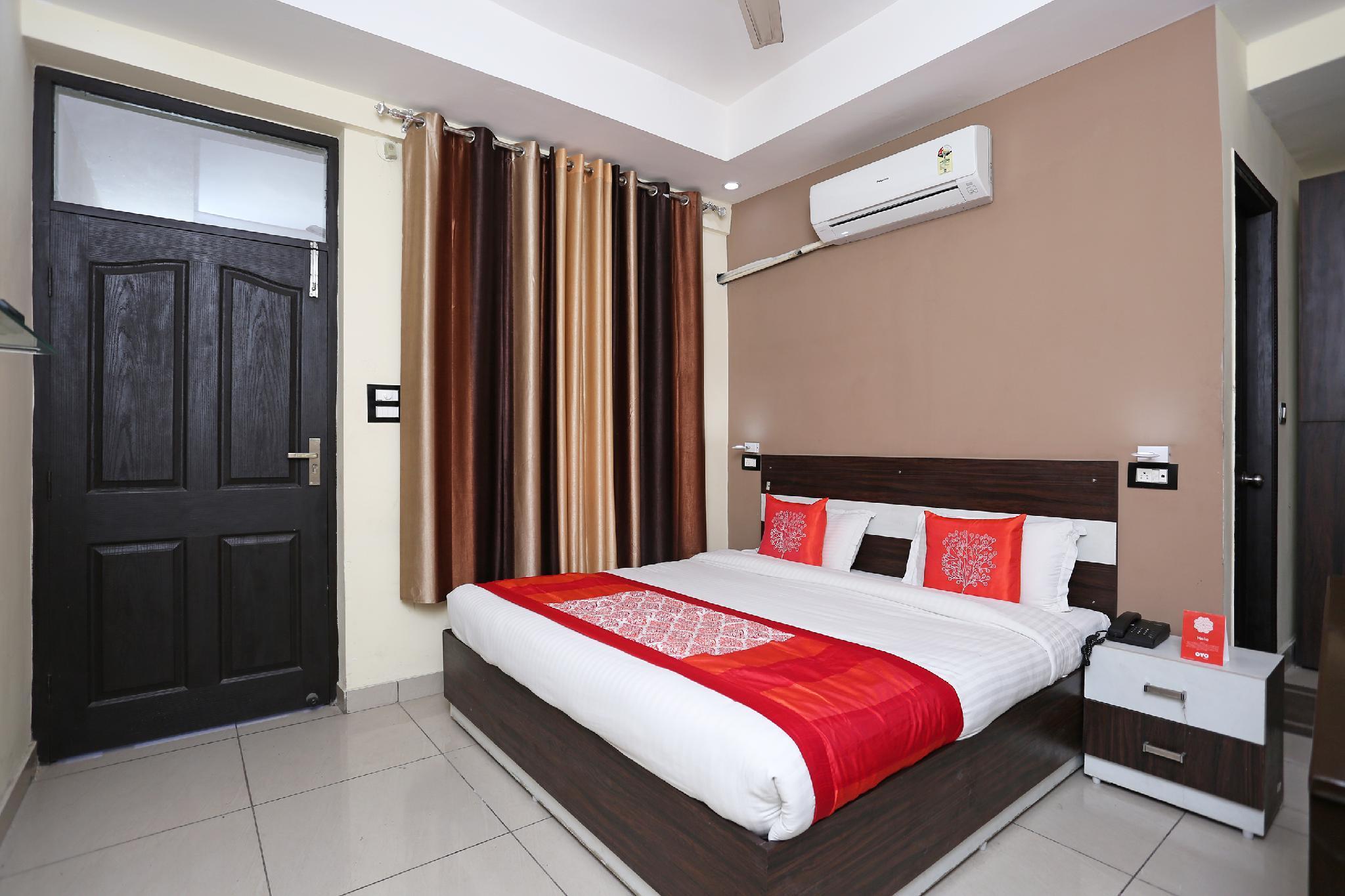 OYO 8232 Hotel KRB Paradise