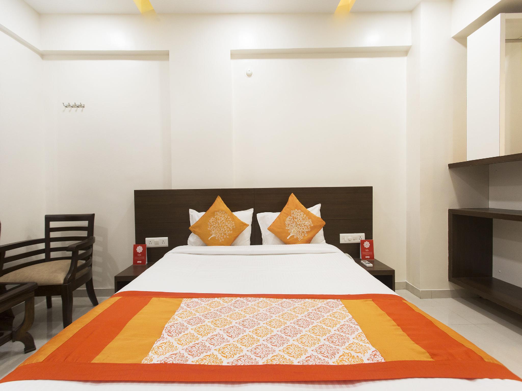 OYO 10352 Hotel Vishwas