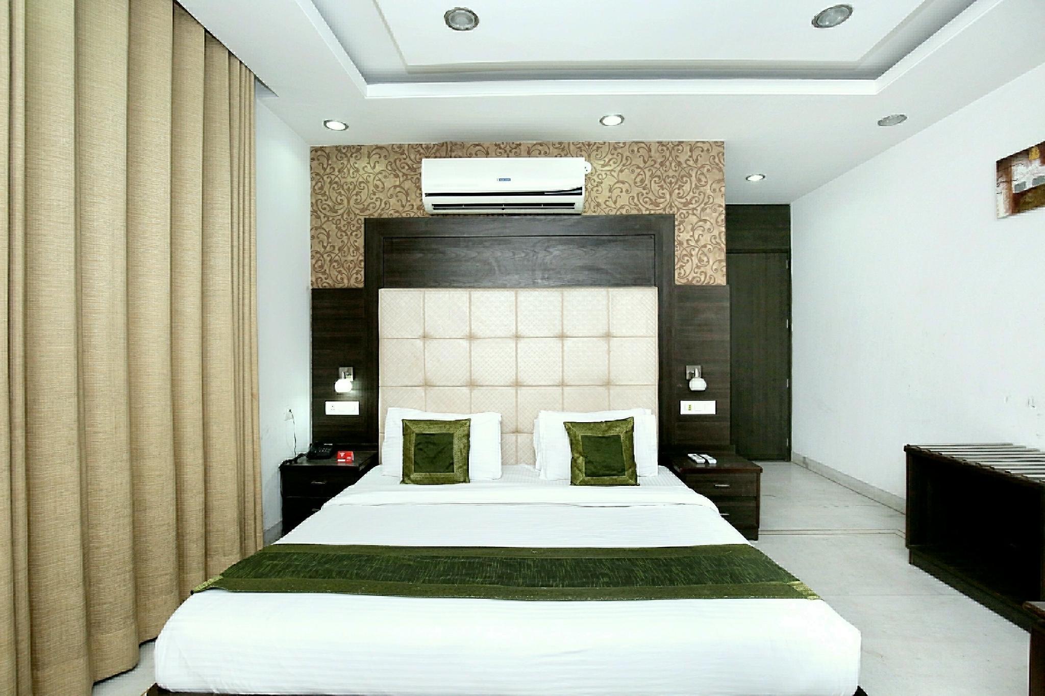 OYO 5121 Hotel Ocean