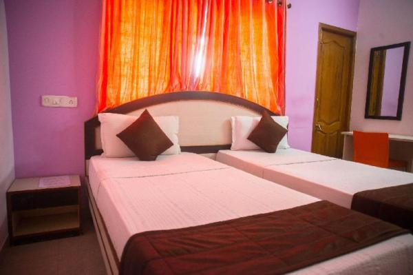 OYO 2612 Hotel Fiesta House Chennai