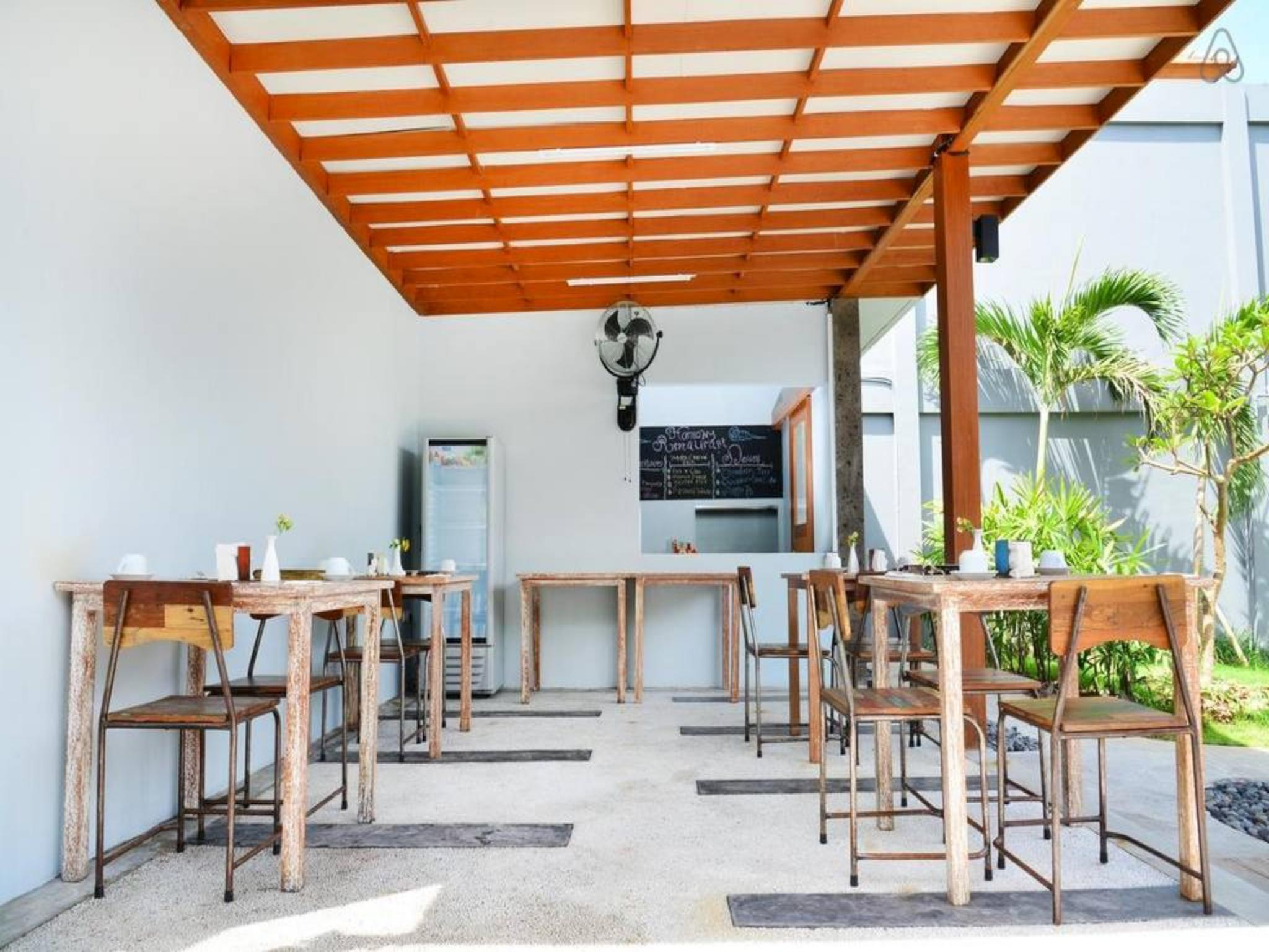 Beachfront Studio Rooms At Seminyak