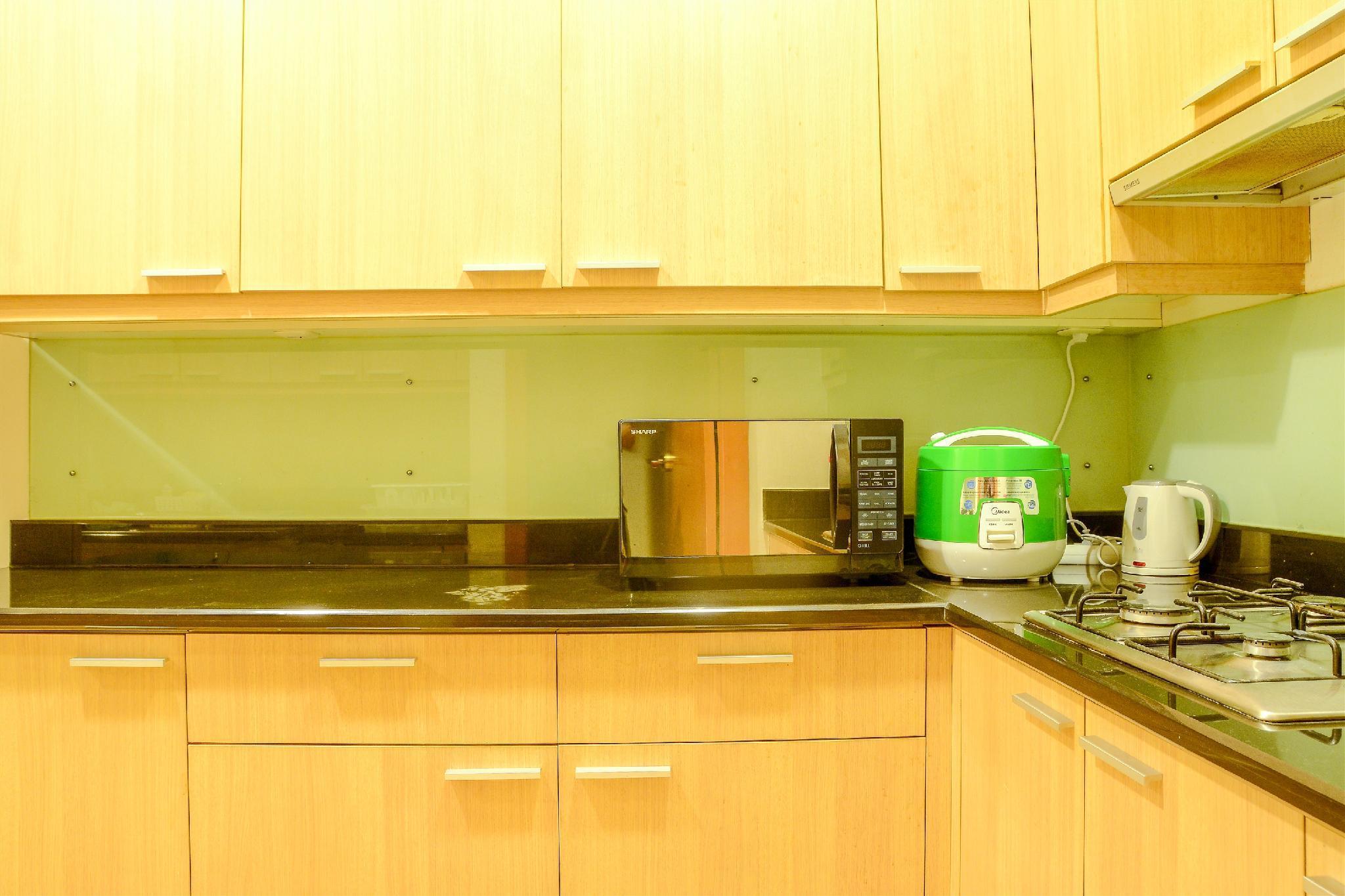 Price Exclusive 3BR Apt Sudirman Residence by Travelio