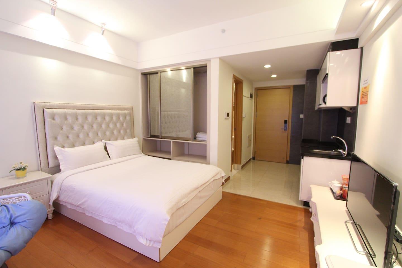 Fizloy Hotel Apartment Deluxe Big Bed Room