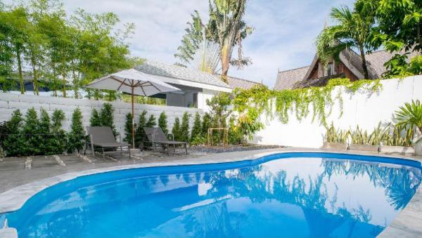 Tropical 3BR  Private pool villa 5 mins to beach. Phuket