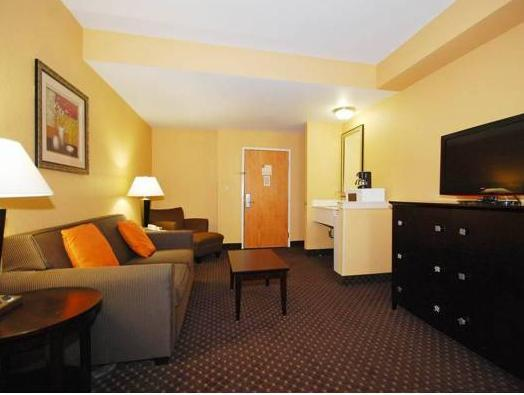 Comfort Suites At Rivergate Mall Goodlettsville Reviews