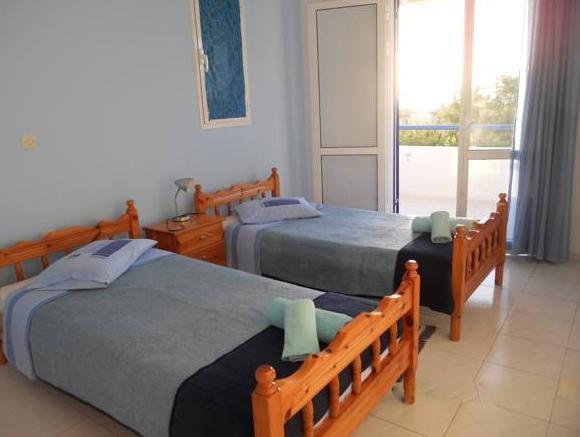 Dimitra Apartment Hotel