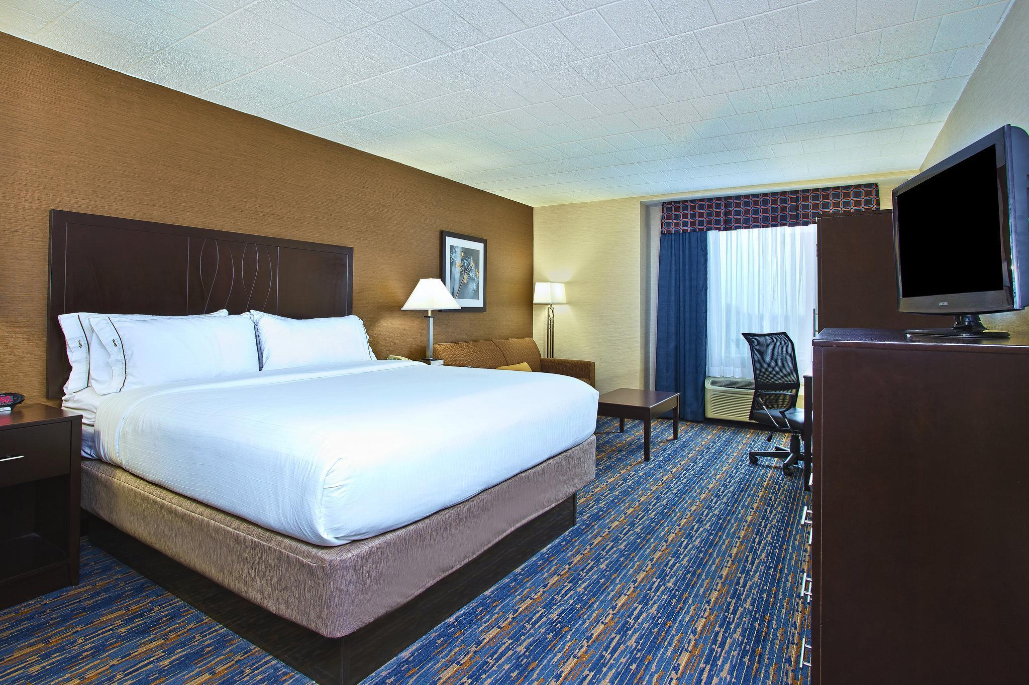 Holiday Inn Express And Suites Pittsburgh West Mifflin