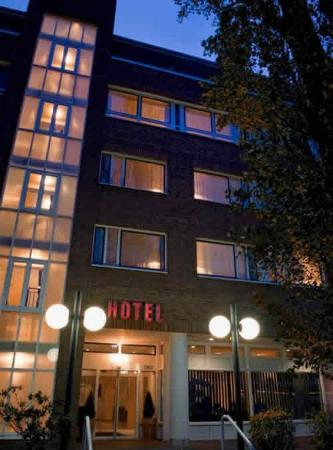 AZIMUT Hotel City South Berlin Berlin