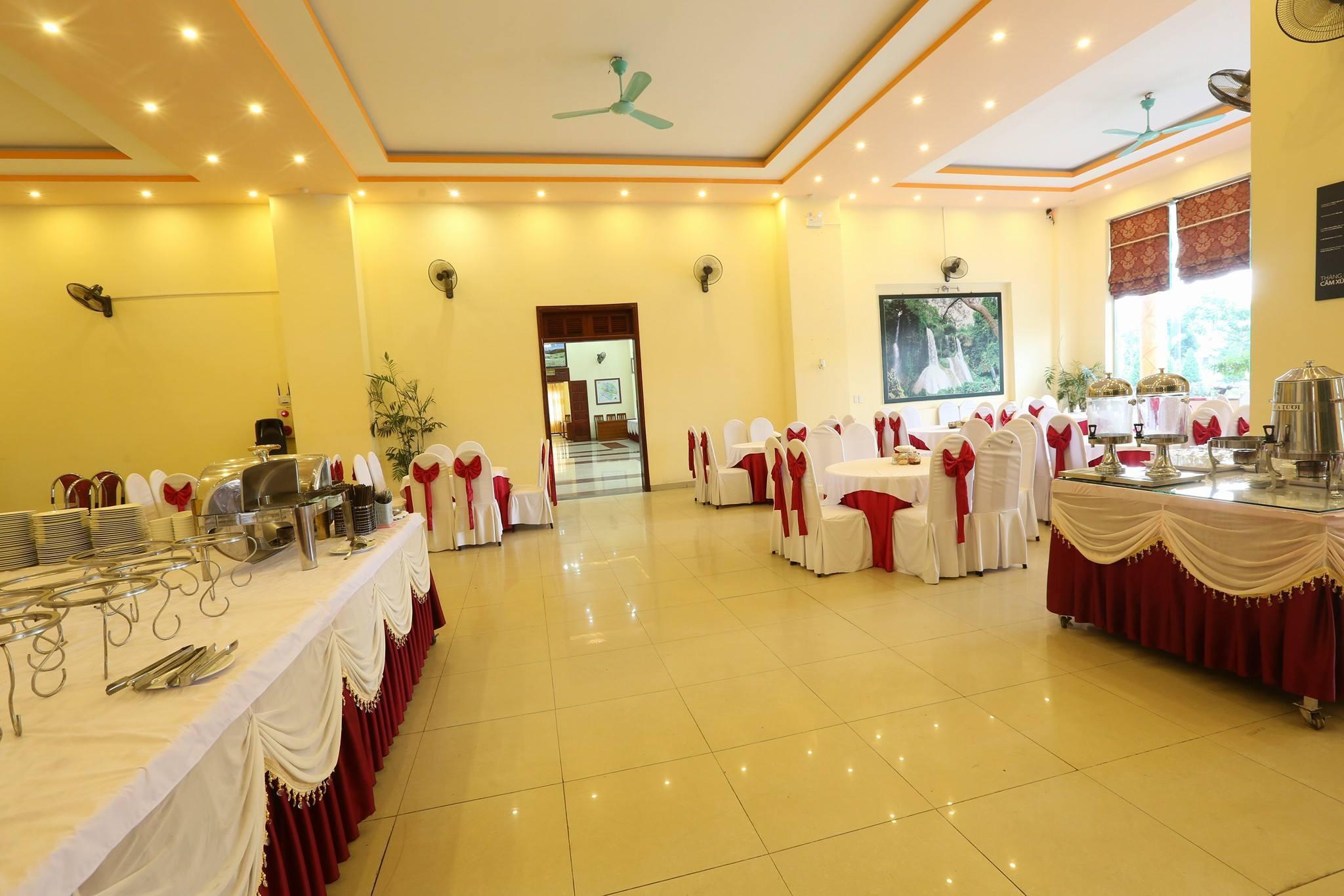Sao Xanh Moc Chau Hotel