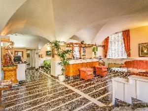 ホテル アルゼンチーナ        (Hotel Argentina)