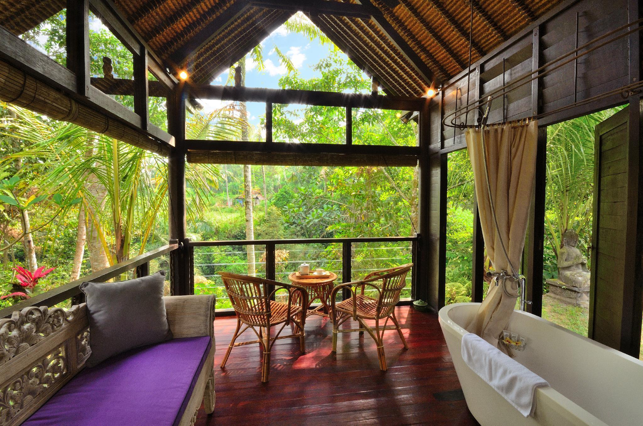 Price Romantic 1BR Honeymoon Unique Villa Near Ubud