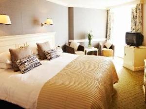 關於皇家巴斯飯店 (Royal Bath Hotel)