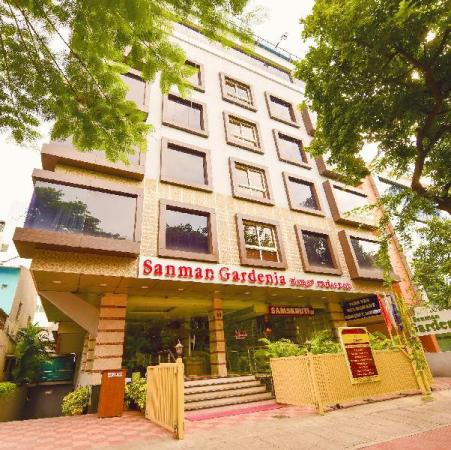 Hotel Sanman Gardenia Bangalore