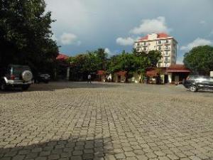Kompongsom City Casino - Hotel