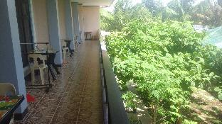 picture 5 of Alona KatChaJo Inn