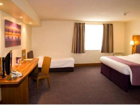 Premier Inn Fleet Hart