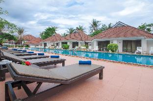 Privacy Beach Resort & Spa ไพรเวซี่ บีช รีสอร์ท แอนด์ สปา