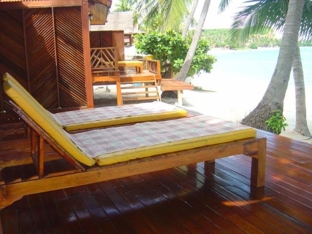 โดม เลย์ บีช รีสอร์ท – Dome Lay Beach Resort