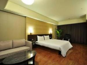 關於君悅香格里拉飯店 (Goodness Plaza Hotel)