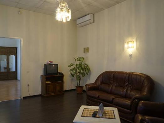 Price Hotel Yarmarochnaya