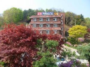 關於雞林山莊汽車旅館 (Gyerim Sanjang Motel)