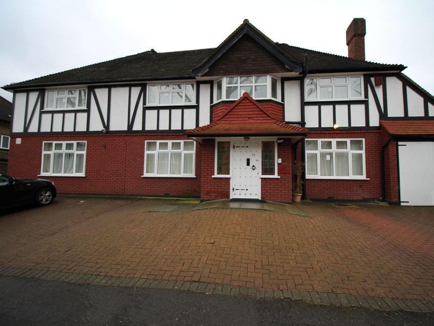 Flexistay Sutton Aparthotel