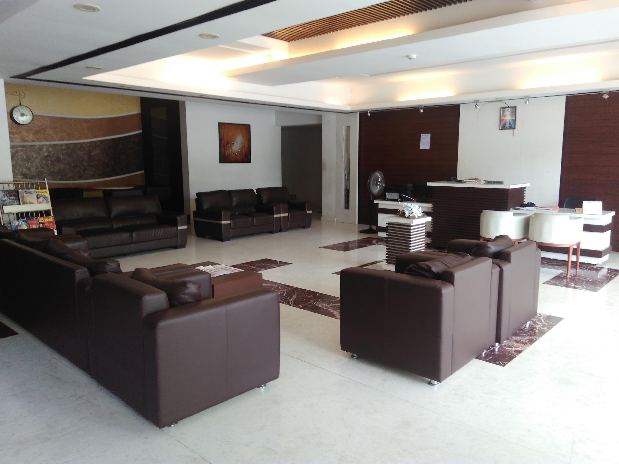 Hotel Armani Residency