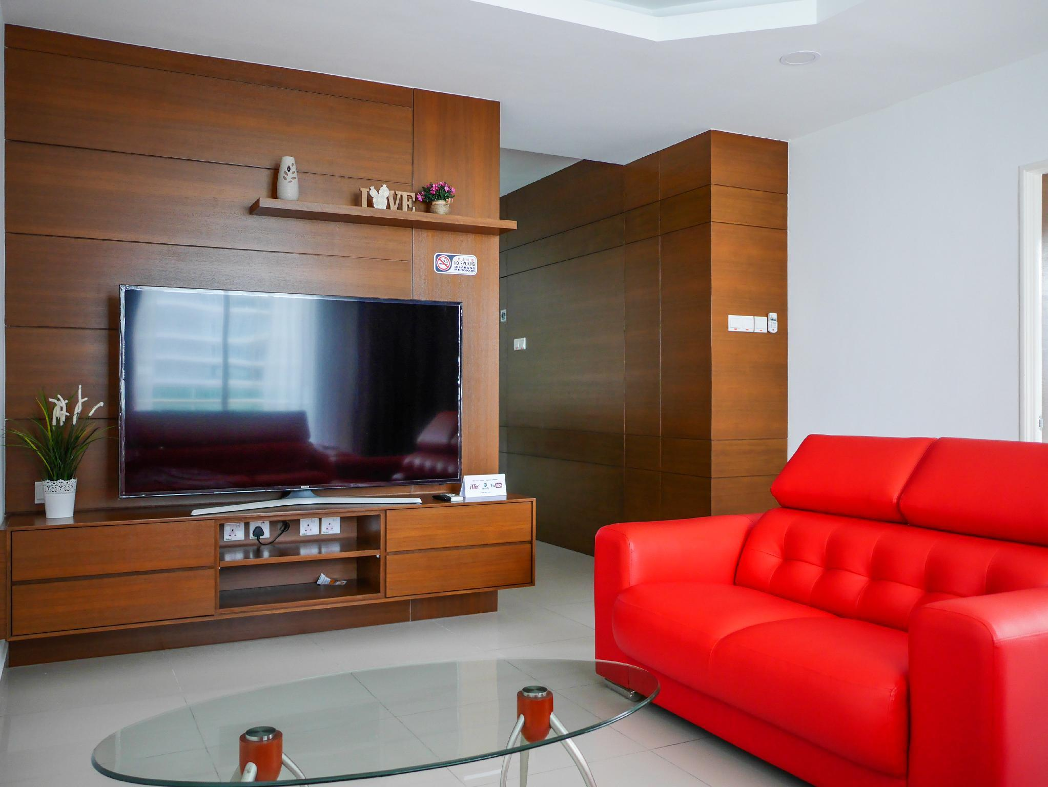 Spacious Seaview Home Gurney Drive For 6 9 Pax