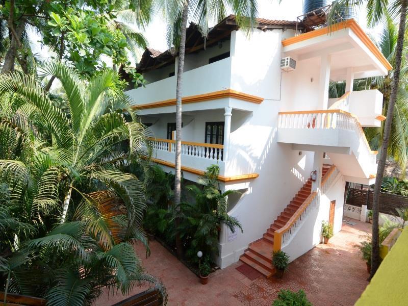 Hotel Silver Sands Sunshine   Angaara