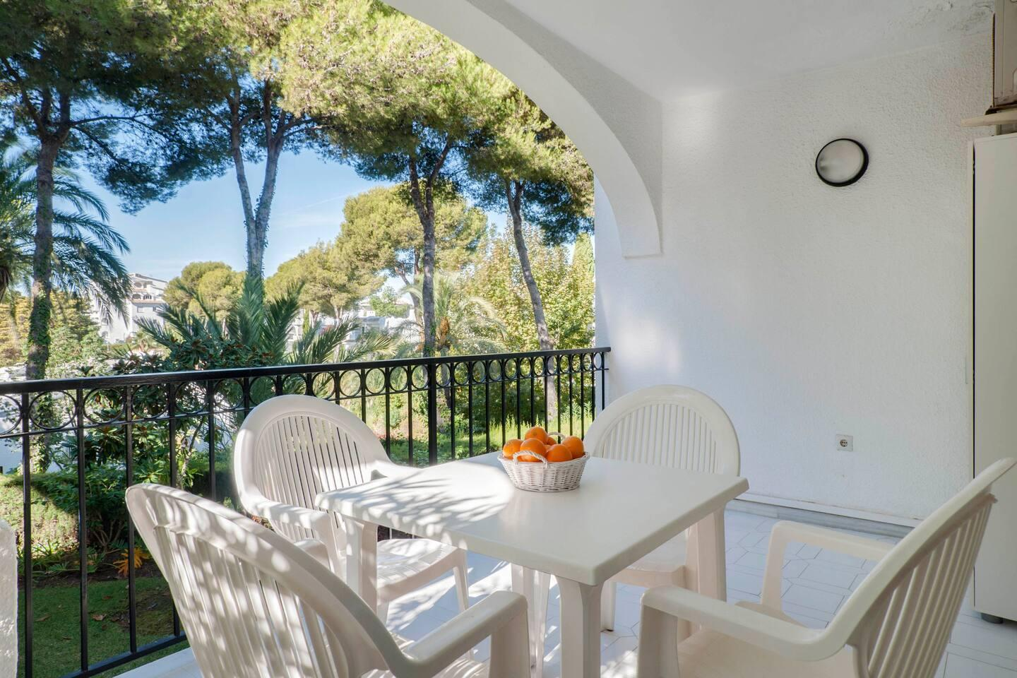 Beautiful Bright Apartment Close To The Beach