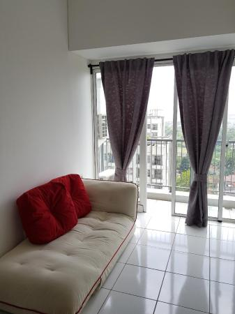 Cozy Apartment near AEON and ICE BSD Tangerang