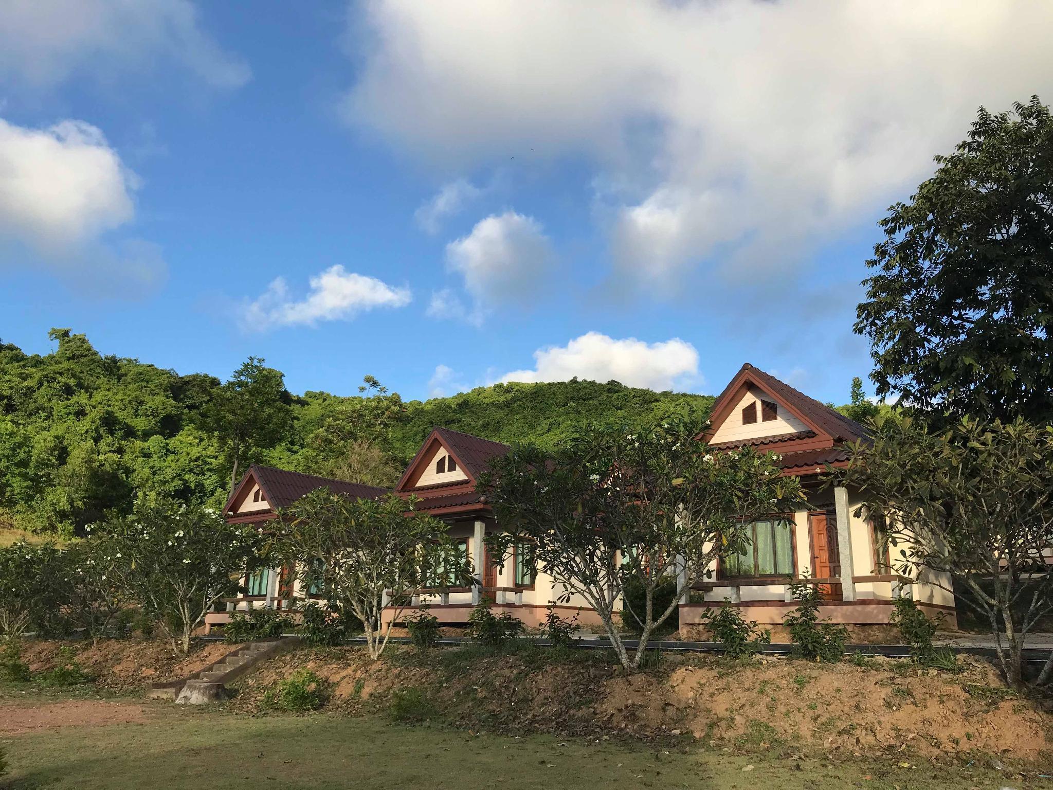BaanSuantip Resort Sattahip