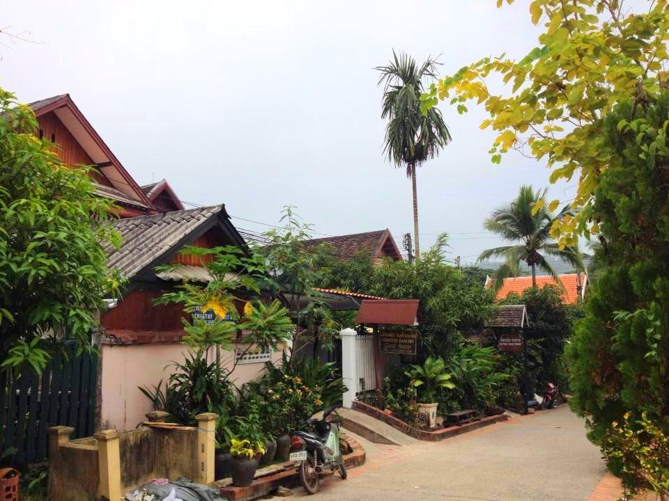 LPQ Backpackers  Chanthy Banchit G.H