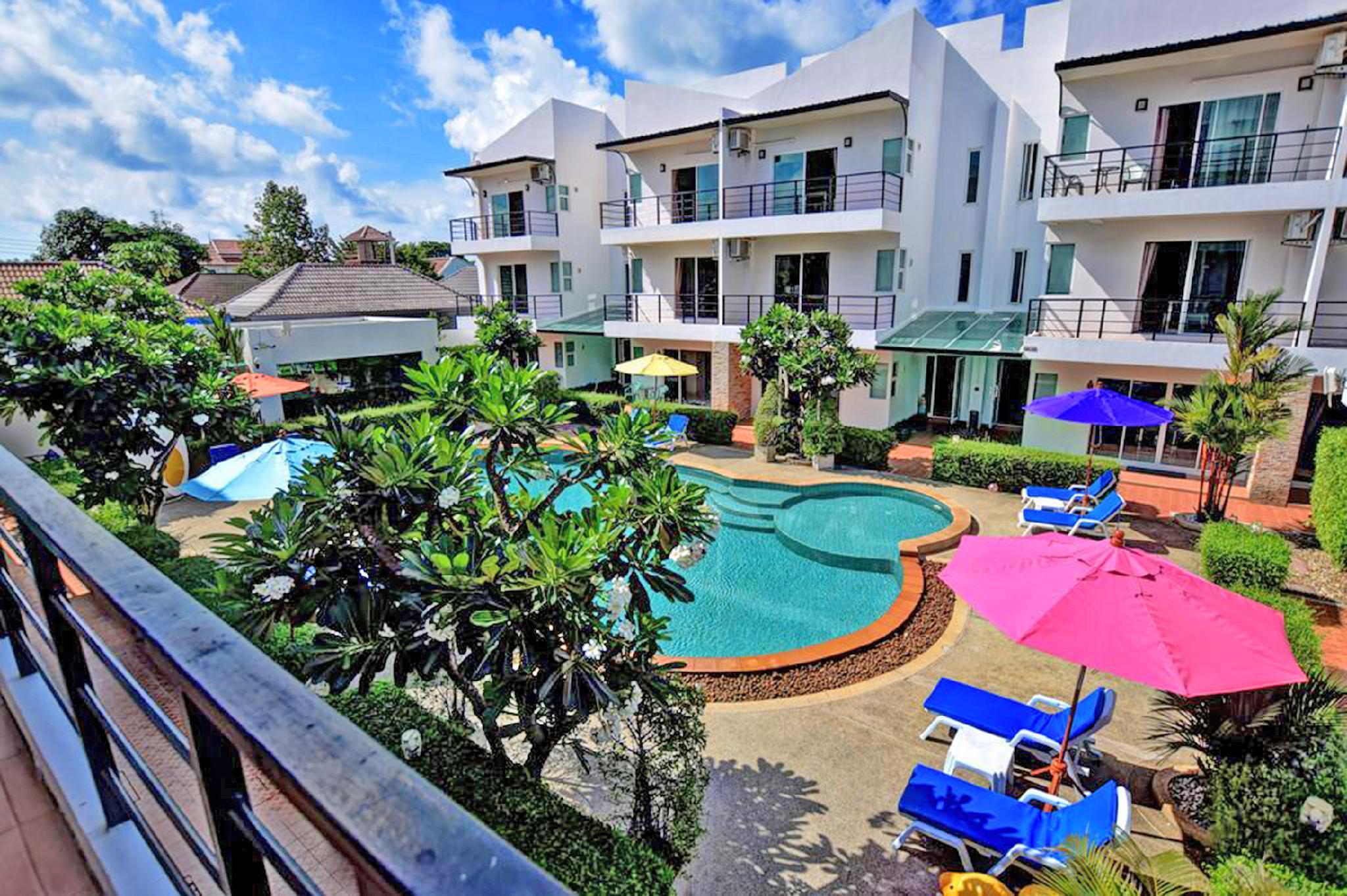 Pool Access 89 @ Rawai Hotel