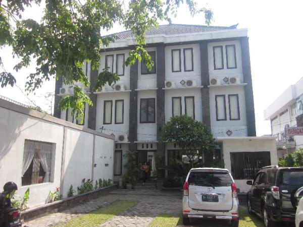 Hotel Warta Dua Bali