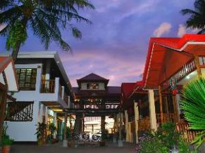 Villa Paulina Beach Resort and Spa