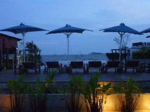 The Oriental Beach Condo Ban-Pae