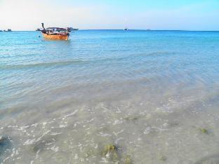 ベラ ヴィスタ ビーチ リゾート コーリペ Bella Vista Beach Resort Koh Lipe