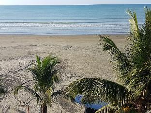 picture 5 of Grey Sands Beach & Resort