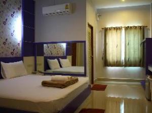Sabai Ez Hotel