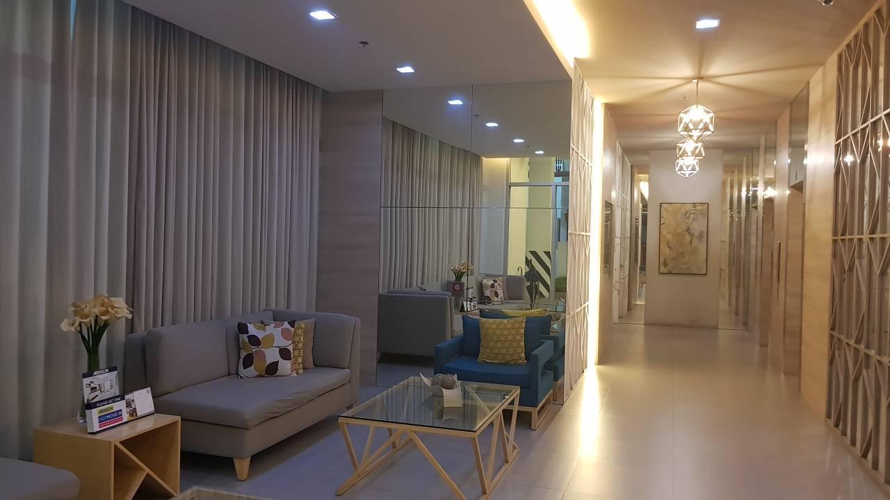 Cozy and comfy studio condo in Alabang near SLEX