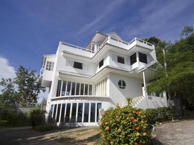 เซเลบริตี้ โอเชี่ยน วิว แมนชั่น – Celebrity Ocean View Mansion