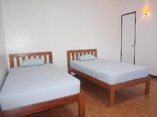 picture 2 of E-Mo Dormitory