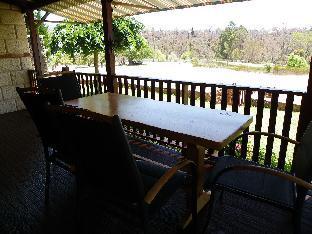 Clover Cottage Country Retreat Upper Warren Australia