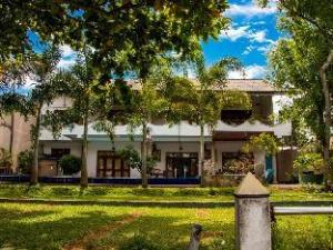 Riverbank Bentota Hotel