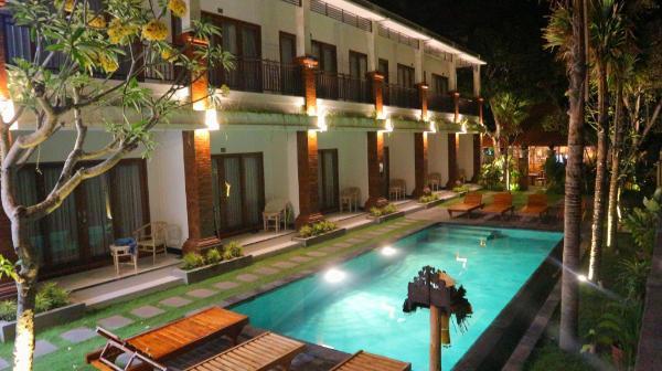 seno guesthouse and cafe Bali