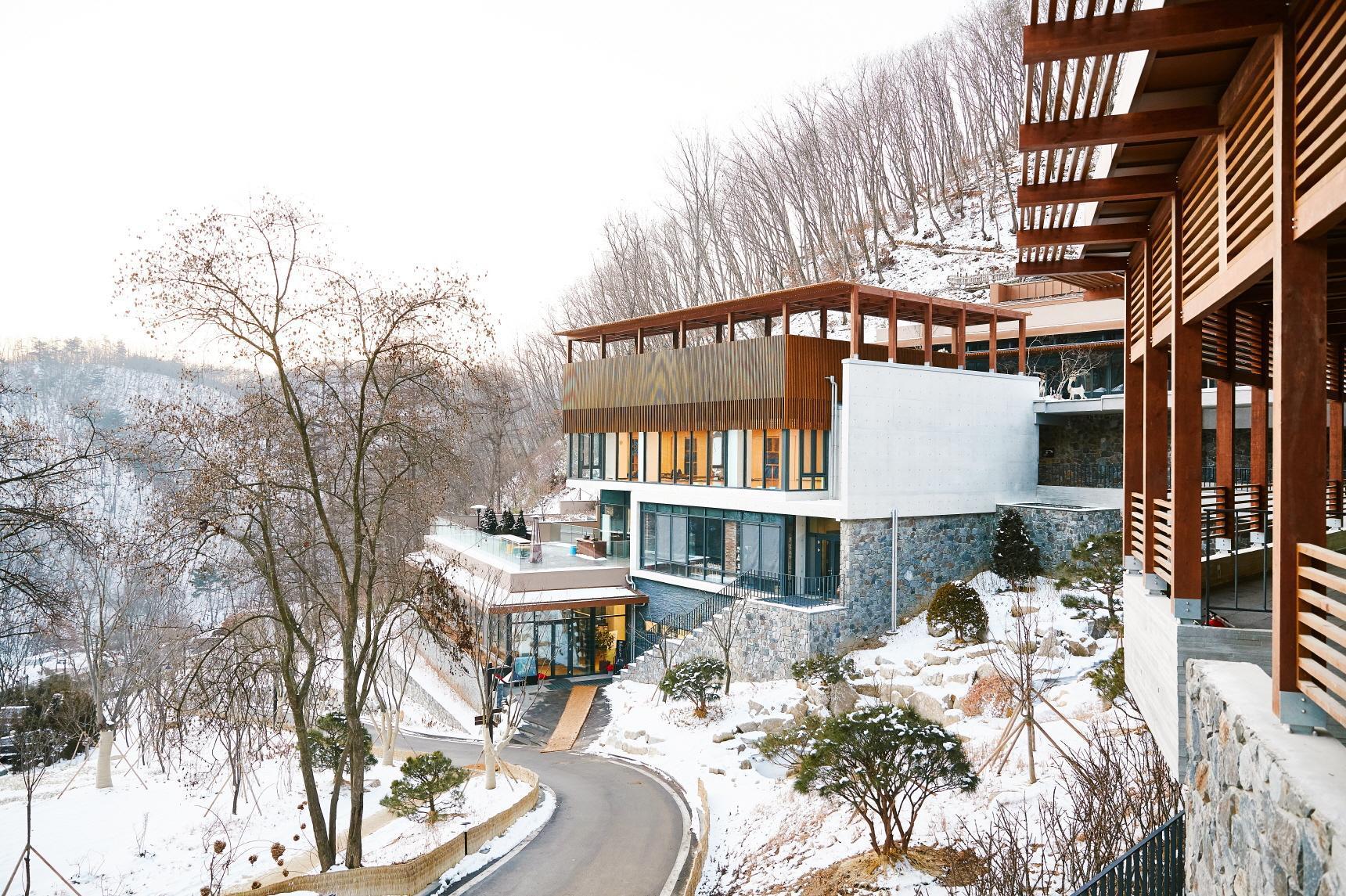 Healience Seon Maeul Healing Resort